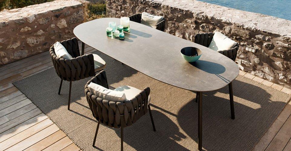 TOSCA TABLE